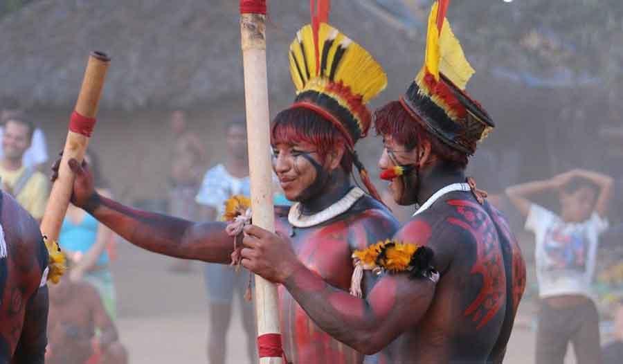 Índios pintados